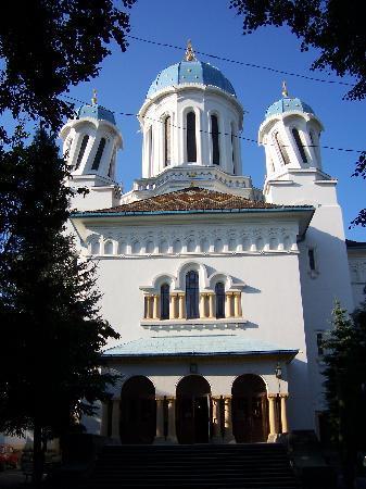 Chernivtsi, Ucrania: Church