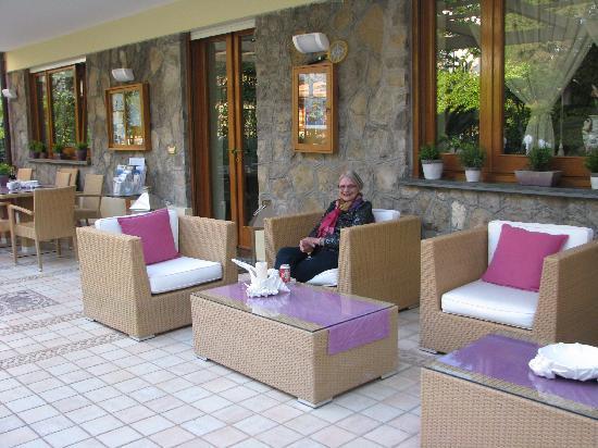 Villa La Contessina: Outdoor living