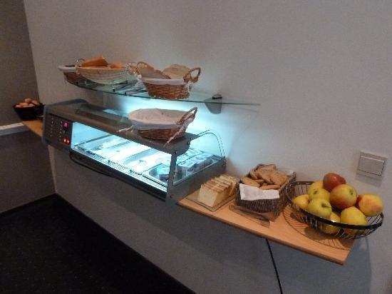 Hotel Opera Bruxelles: Breakfast