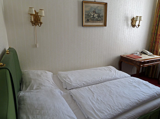 Pension Suzanne: Rooom 71, bedroom