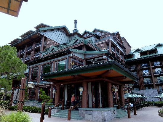 ‪‪Disney's Wilderness Lodge‬: The corner where Roaring Fork is.‬