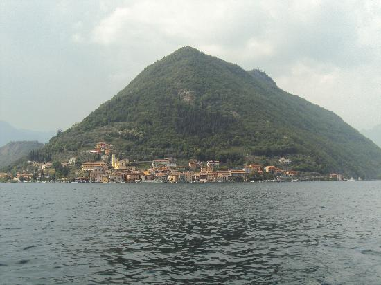 Monte Isola 사진