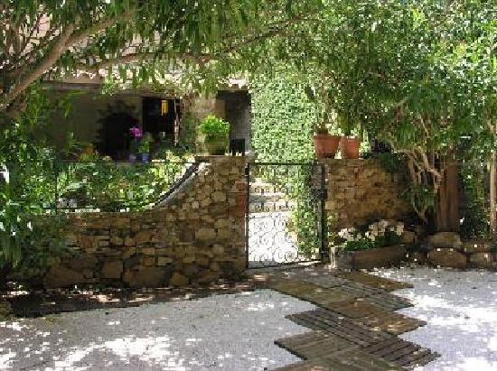 Grimaud Village -- Maison