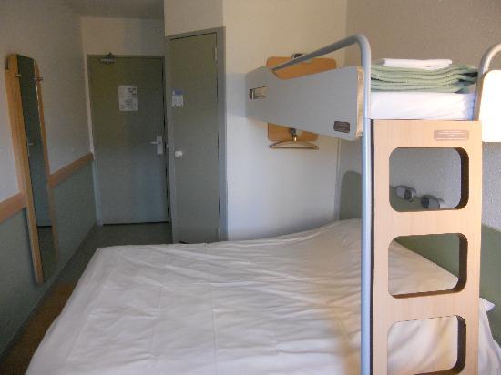 Ibis Budget Honfleur: chambre3