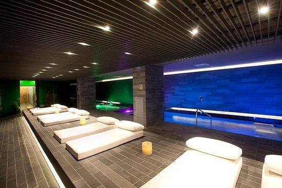 La Mola Hotel & Conference Centre: Spa