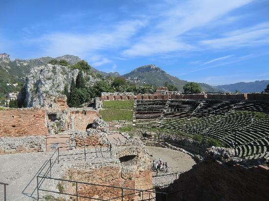 Taormina, Italien: ギリシア劇場