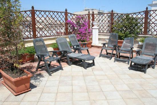 Adria Hotel Bari: Roof Garden