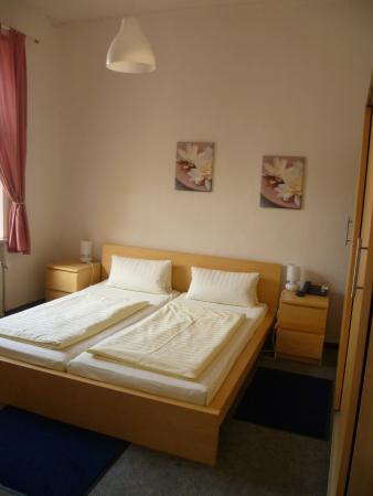 Hotel Pension Theresia: Double room