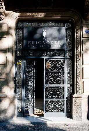 Eric Vokel Boutique Apartments - Gran Via Suites: Main entrance