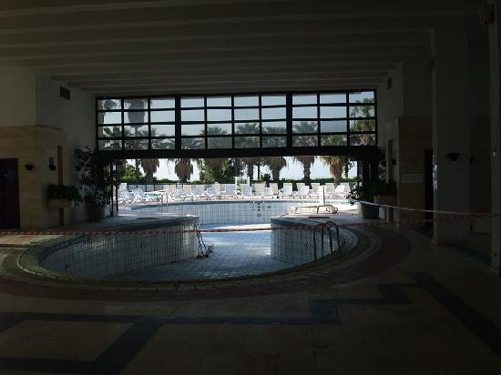 Ozkaymak Falez Hotel: their indoor pool.. no weater.