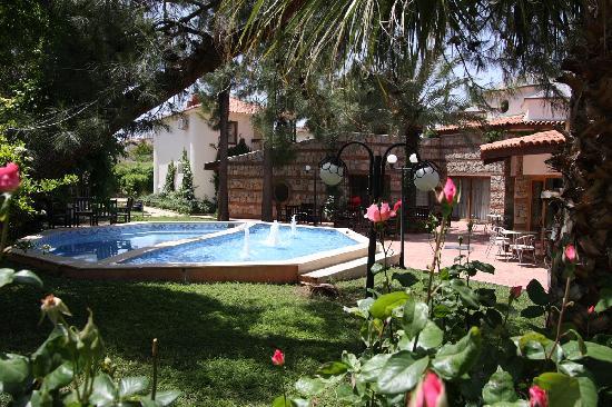 Orka Club Hotel & Villas: Outside the on site Turkish Bath