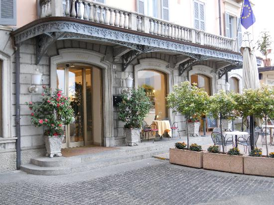 Hotel Metropole Bellagio: beautiful entrance to hotel