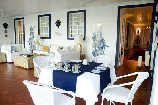 Casa Grande Sao Vicente: Salle ouverte des petits déjeuner