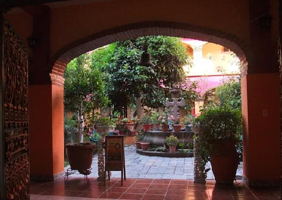 호텔 포사다 라 카소나 데 코르테스