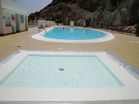 Servatur Terrazamar & Sun Suite: The lovely pool