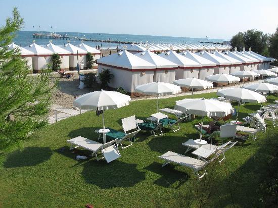 BEST WESTERN Hotel Biasutti: La spiaggia del Lido di VE :bellissima