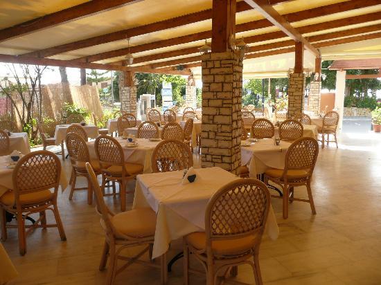 Blue Sky: main dining room