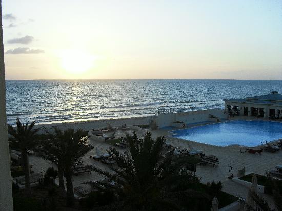 Radisson Blu Ulysse Resort & Thalasso Djerba: vue du balcon de la chambre