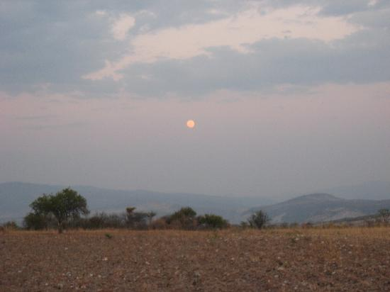 Rancho Xotolar: A moonlit end to our ride