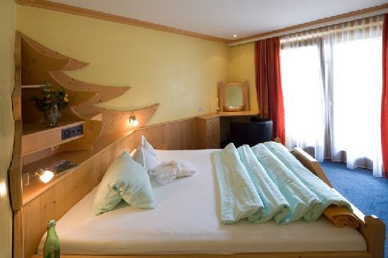 Hotel Achentalerhof: Doppelzimmer Karwendel/Rofan