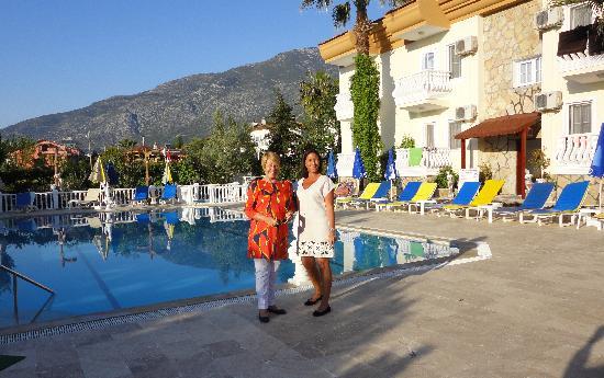 Yalcin Hotel : The pool at Yalcin