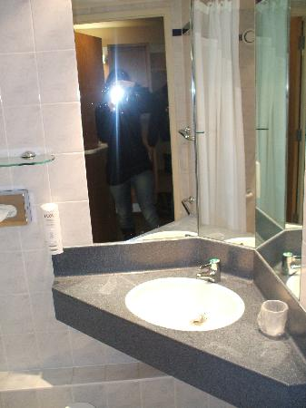 Holiday Inn Express London-Limehouse: bagno
