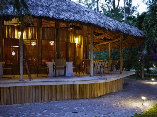 Chan Chich Lodge: main restaurant