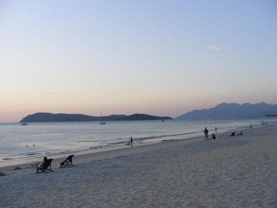 Tengah Beach: Beach 6
