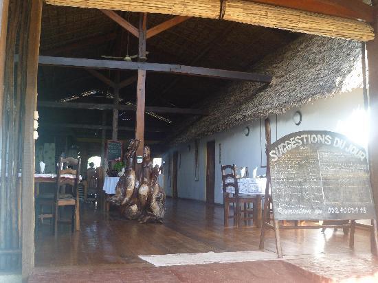 Chez Eugenie: Le restaurant et les chambres autour