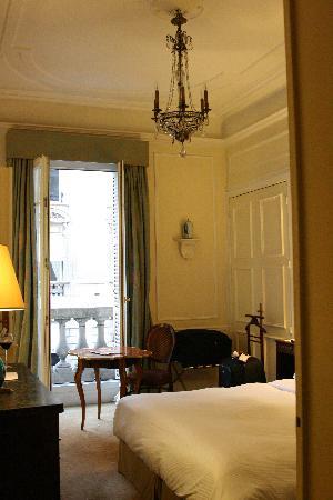 Hotel Claridge: balcony room