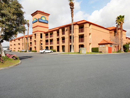 Photo of Days Inn Fontana / Rialto