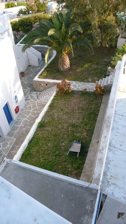 Pyrgaki Hotel:                   wat een geweldige tuinaanleg...