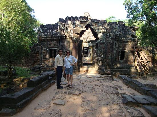 Angkor Cycle - Private Day Tours: Kim San