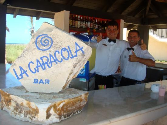 Melia Buenavista: La Caracola Bar with Orestes & Norge at your service!