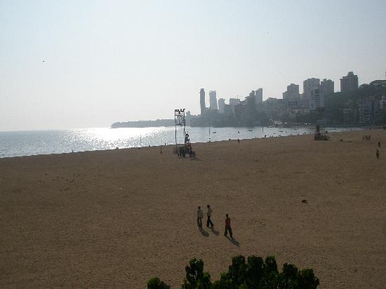 Mumbai (Bombay), India: Набережная в районе Малабар Хилл