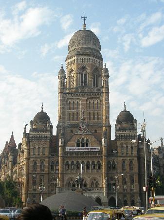 Mumbai (Bombay), India: Старое колониальное здание в районе Форт