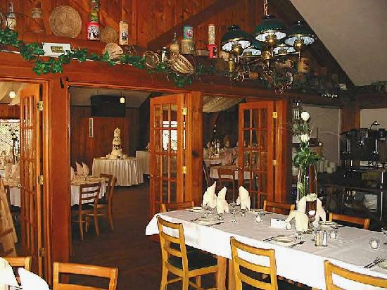 Eagle Waters Resort: Restaurant!  Sleek, Whimsical and Northwoods 5-Star!