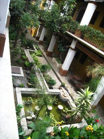 Hotel Casa del Sotano: patio central