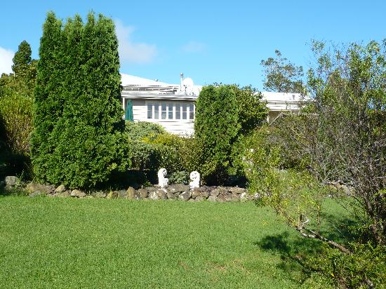 Waipoua Lodge: garden