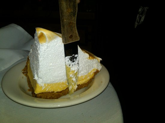 Hugo's Frog Bar & Fish House : Huge slice of Key Lime pie