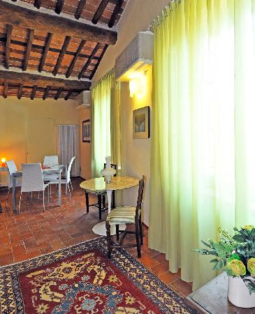 Antica Residenza dell'Angelo : inside the suite