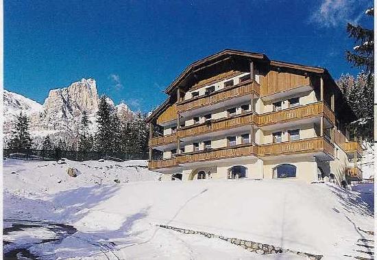 Hotel Mondeval inverno