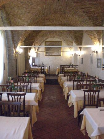 Piove di Sacco, İtalya: Vista della sala principale