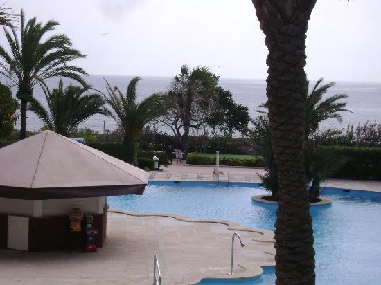 Palmera Beach Apartments: Hotel's pool