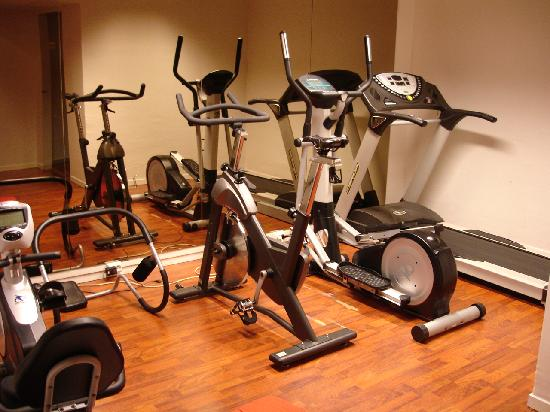 Skaidi Hotel: the fitness room