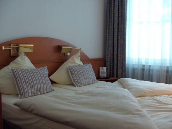 Hotel Allegro, double/twin room