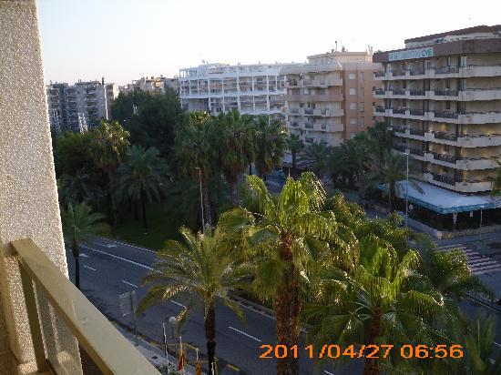H10 Salou Princess : Blick vom Balkon 5. Etage