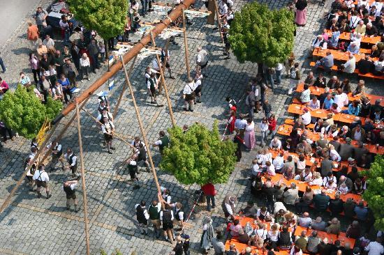 Oberaudorf Germany  City new picture : Oberaudorf, Germany: Maibaumaufstellen Maytree festival