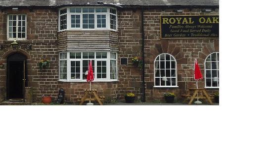 The Royal Oak: Outside