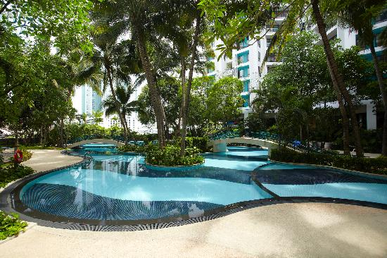 Chatrium Residence Sathon Bangkok: Swimming Pool